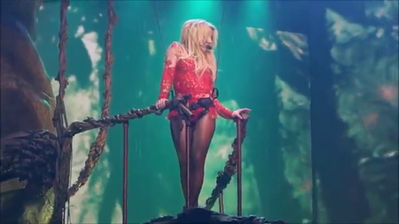 Britney Spears - Toxic...
