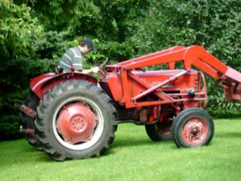 international b250 tractor youtube rh youtube com Tractor Owners Manuals Bolens Lawn Tractor Manual