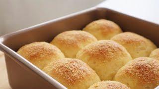 Soft & Fluffy Cornmeal Bread 玉米面麵包 ll Apron