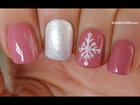EASY SNOWFLAKE NAIL ART