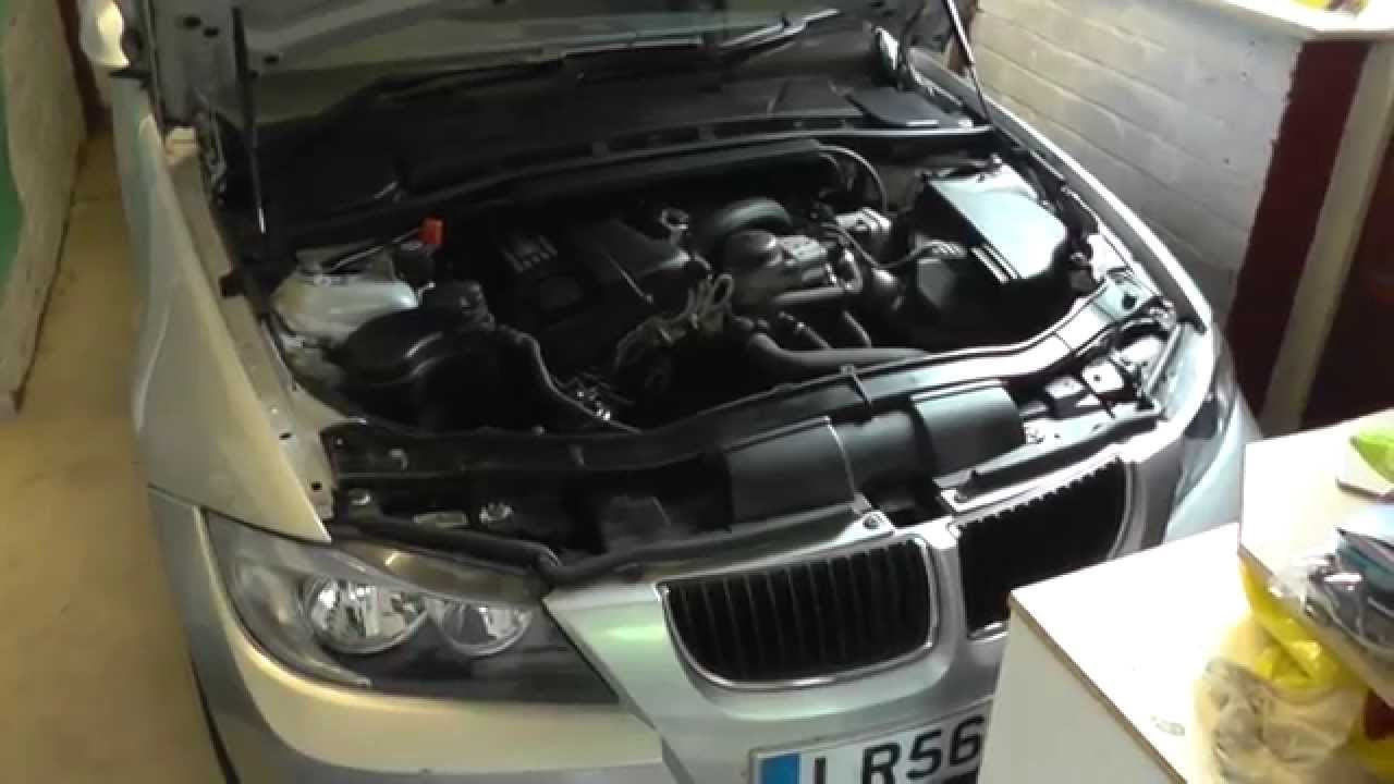 Bmw E90 Inlet Intake Camshaft Sensor Remove Replace E91 E92 E93 325i O2 Location 2006 2011 Youtube