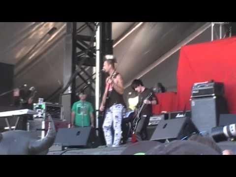 My Darkest Days - Porn Star Dancing - LIVE Boonstock 2011