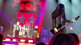 Slash Feat Myles Kennedy & Conspirators Beneath The Savage Sun