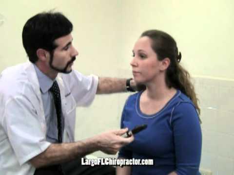 Largo FL Chiropractor demonstrates Pupil light reflex