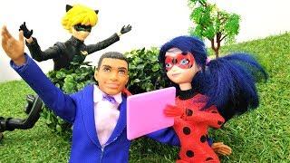 Куклы. Леди Баг и ее фанат. Видео для детей с игрушками