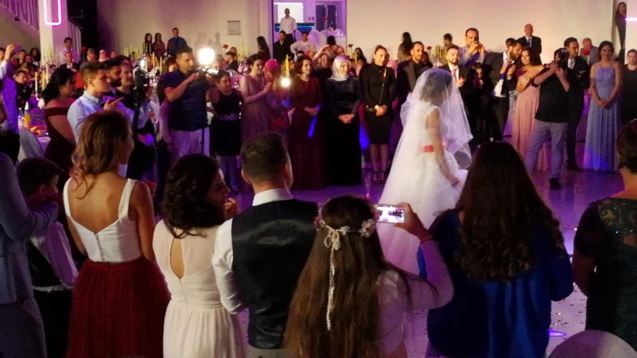 Trkische Hochzeit in Berlin Trkische Hochzeit wer zahlt