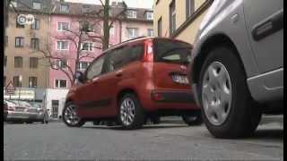 Новый Fiat Panda -- это традиция, которую перенесли в современность. А еще - особенная радость для тех, кто помнит первую модель Panda. Дизайнеры постарались сохранить оригинальный стиль автомобиля. Другие видео DW на сайте www.dw.de/russian или на канале DW (на русском) в YouTube