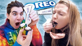 TOOTHPASTE IN OREO PRANK ON GIRLFRIEND! **PRANK WARS**