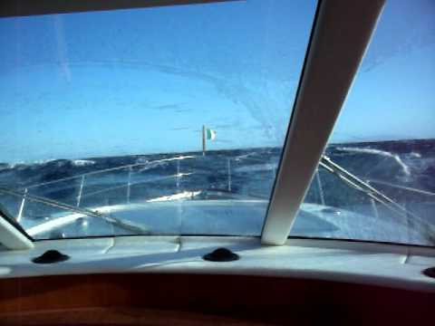 Mulder 59 Open in rough sea