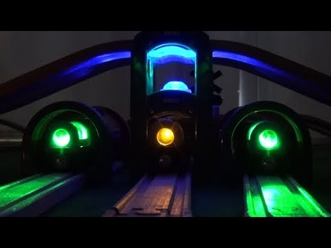 brio-trains-glow-thomas-the-train-and-his-friends-railway-tunnel-wooden-train-toys-video-for-kids