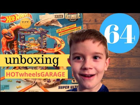 Unboxing The Hot Wheels SUPER ULTIMATE Garage! | The Super's Have A Channel