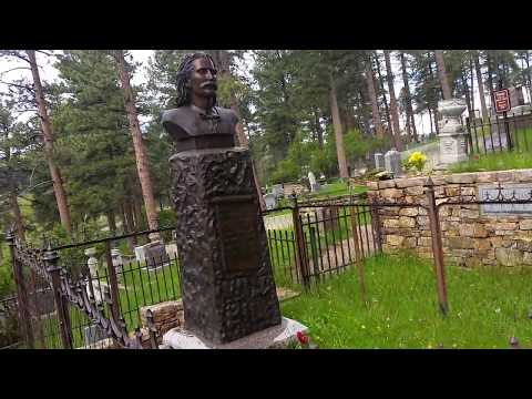 Wild Bill Hickok & Calamity Jane Graves - May 22, 2017 - Travels With Phil