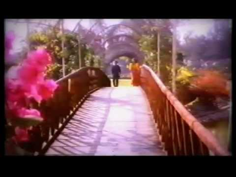 (Divya Bharti) Bin tere kuch bhi nahin hai - Jaan Se Pyara - (Divya Bharti,Govinda)