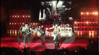 "KISSONLINE EXCLUSIVE: ""Comin' Home"" live from the KISS Kruise!"