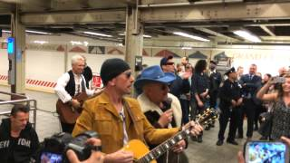 Repeat youtube video U2 Surprise Performance at Grand Central with Jimmy Fallon