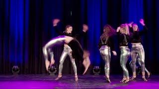 Nicolindas Dance Vida show