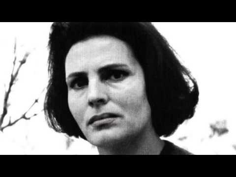 amalia rodrigues Amalia rodrigues: listen and download various artists — grito, amália rodrigues, джордж гершвин — summertime, amália rodrigues, joe turner, sandra sá — boss of the blues, amália rodrigues.