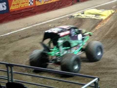 Grave Digger Monster Jam Bradley Center Milwaukee Finale 2009/01/15