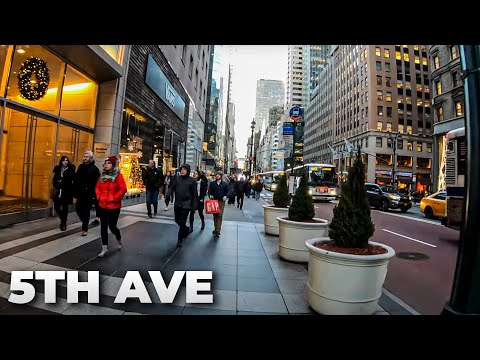 ⁴ᴷ⁶⁰ Walking Fifth Avenue, NYC during the Holidays 2018 from 42nd Street to Central Park