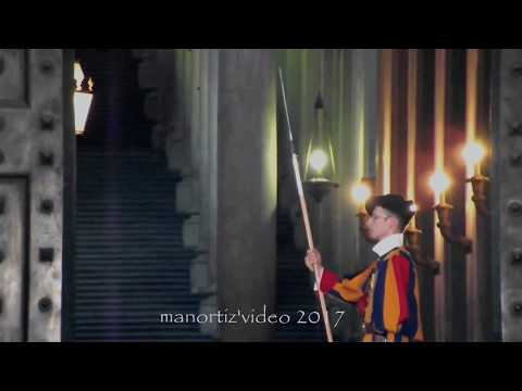 Il Portone di Bronzo - Swiss Guard at the Bronze Door in Vatican City