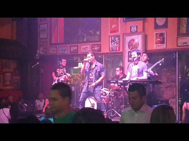 (I can't get no) Satisfaction, cover VOLTA