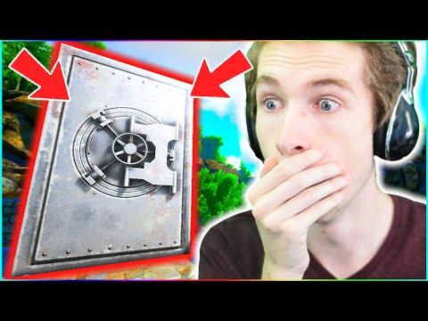 MASSIVE ITEM STORAGE VAULT! - ARK: YouTuber Survival #20