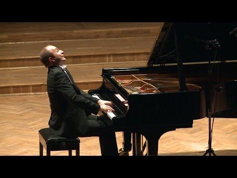 Franz SCHUBERT, Piano Sonata in A major, D 664 (Alexander Gavrylyuk)