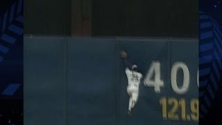 92 WS, GM 3, ATL@TOR: Devon White makes a great catch
