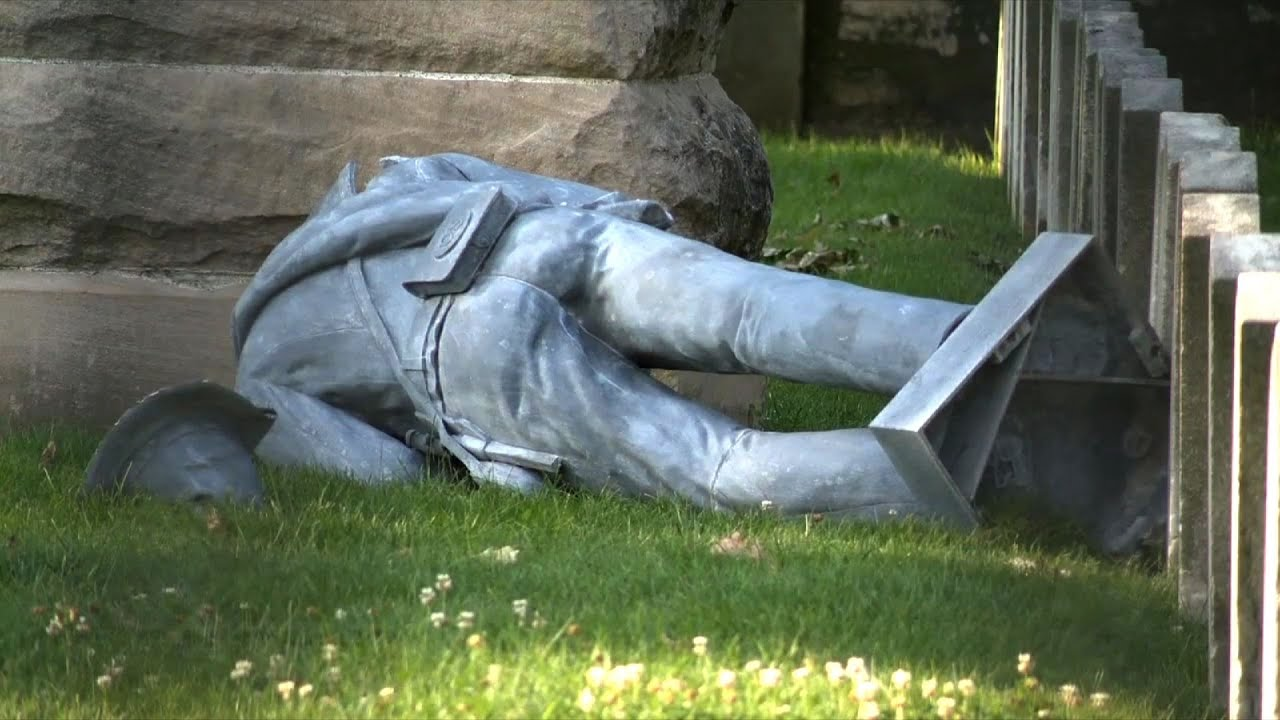 Raw: Confederate Statue Vandalized in Columbus - YouTube