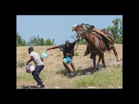 La photo de la semaine : un garde-frontière américain à cheval repousse des migrants haïtiens.