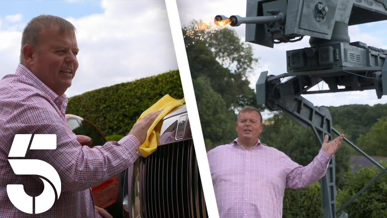 Supercar Nigel And His Collection of Cars | Britain's Flashiest Families | Channel 5