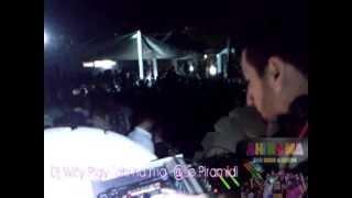 dj willy play don cash baudo ahi na ma piramidi catania june 2013