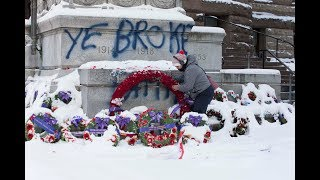 'SHAMEFUL & DISGUSTING':   Cops probing vandalism at Toronto cenotaph