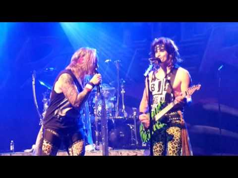 Steel Panther - Community Property (partial) (15.9.2016, The Circus, Helsinki, Finland)
