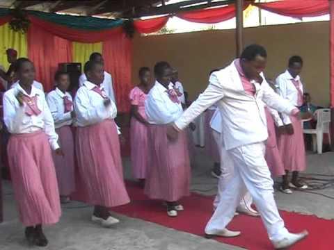 KAZA MWENDO-Uwata Dar Choir
