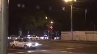 На вулиці Єревану вивели військову техніку