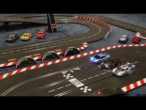 Carrera Digital 1:32 – Fly Over Race Circuit – 10 Lap Race