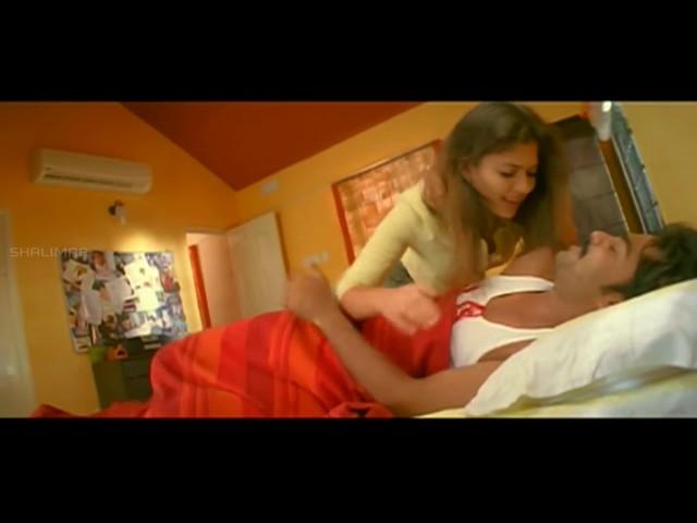 Vallabha Movie || Simbhu & Nayanatara Love Scene || Simbhu, Nayanatara