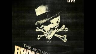 Broilers - The Anti Archives 03 - Mit einem Fuß im Grab
