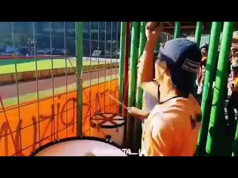 Aksi drummer thejakmania chant jakmania beraksi
