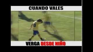 mira como falla el gol este niño el vídeo mas visto de youtube