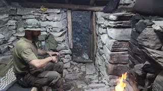 2 Days solo Iฑ a abandoned stone cottage on the mountain 1000m height! i built a door. cooking etc.