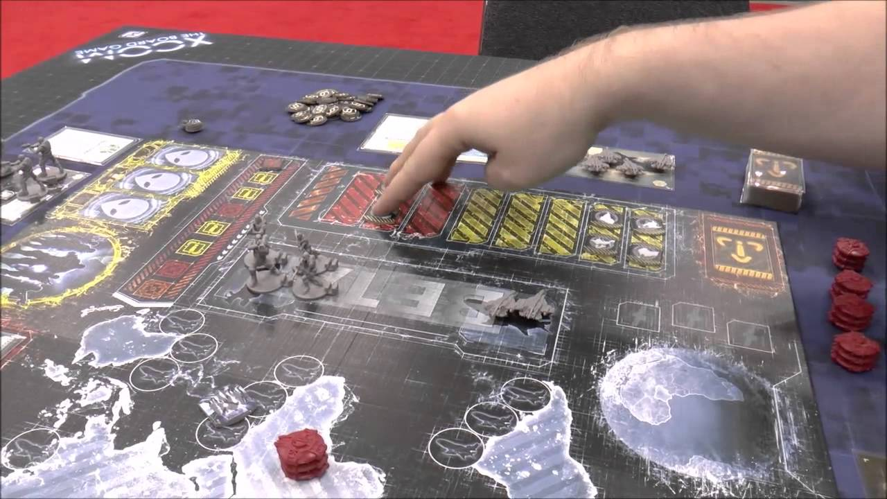 Gen con 2014 xcom the boardgame demo youtube for Portent xcom not now