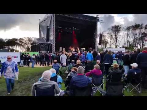 johnny-madsen-one-man-band-live-19-8-2017-open-air-denmark