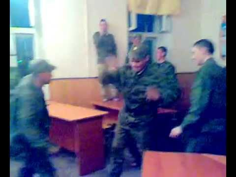 Армейский прикол, г. Гюмри р. Армения, Ремонтная рота 2011 год