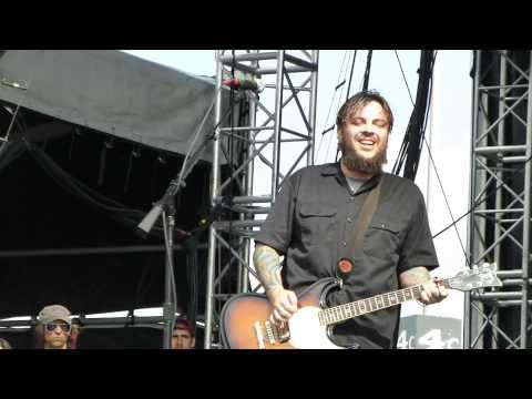 Seether - Broken - Live 5-24-14 River City Rockfest