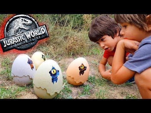 Juguetes JURASSIC WORLD 2 😱BABY DINO CRIAS en la CABAÑA MISTERIOSA 🦖