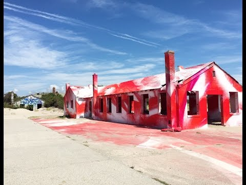 Rockaway Beach NYC | Public Art by Katharina Grosse