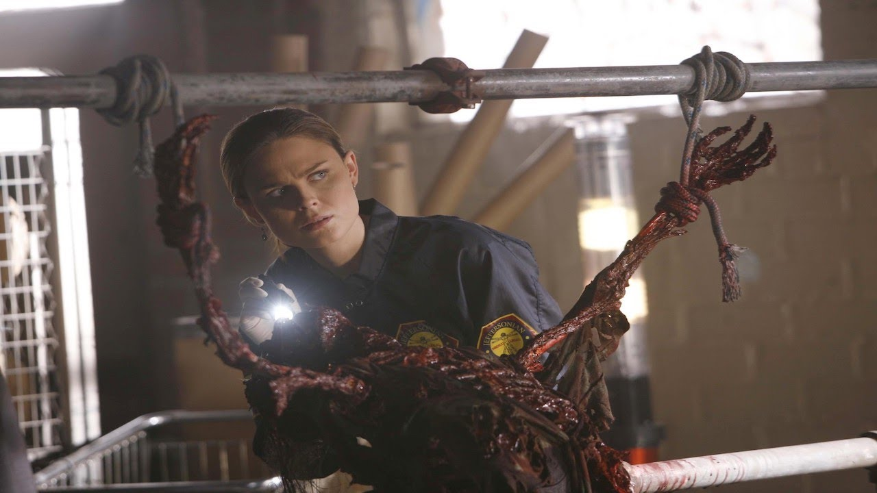 Download Top 5 Squirm-inducing corpses on Bones (season 1)⎮zoangig