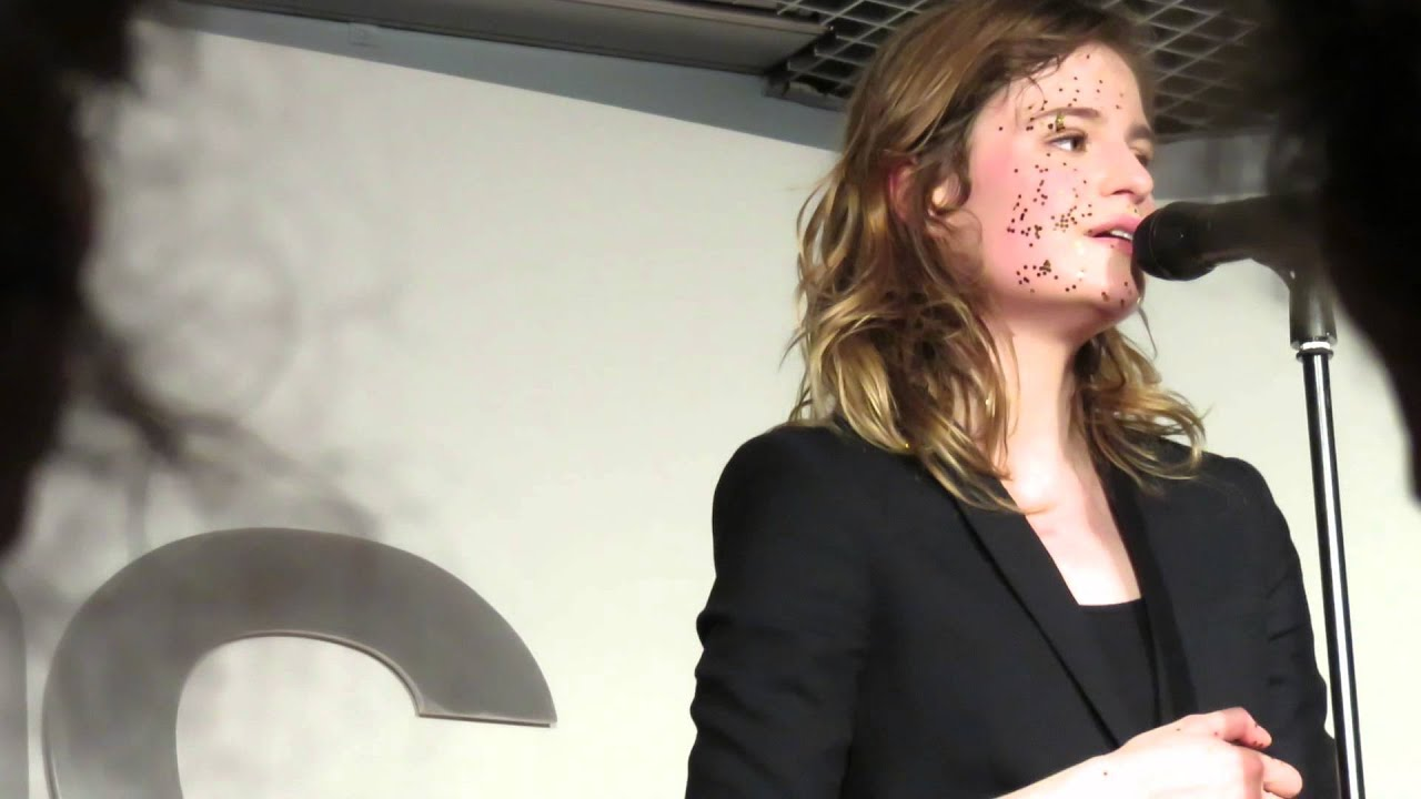 christine and the queens nuit 17 52 live fnac forum paris 13 06 2014 hd youtube. Black Bedroom Furniture Sets. Home Design Ideas